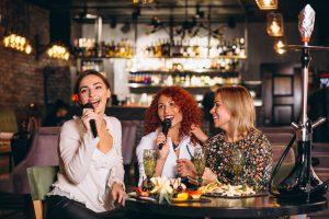 Karaoke en vivo para restaurantes