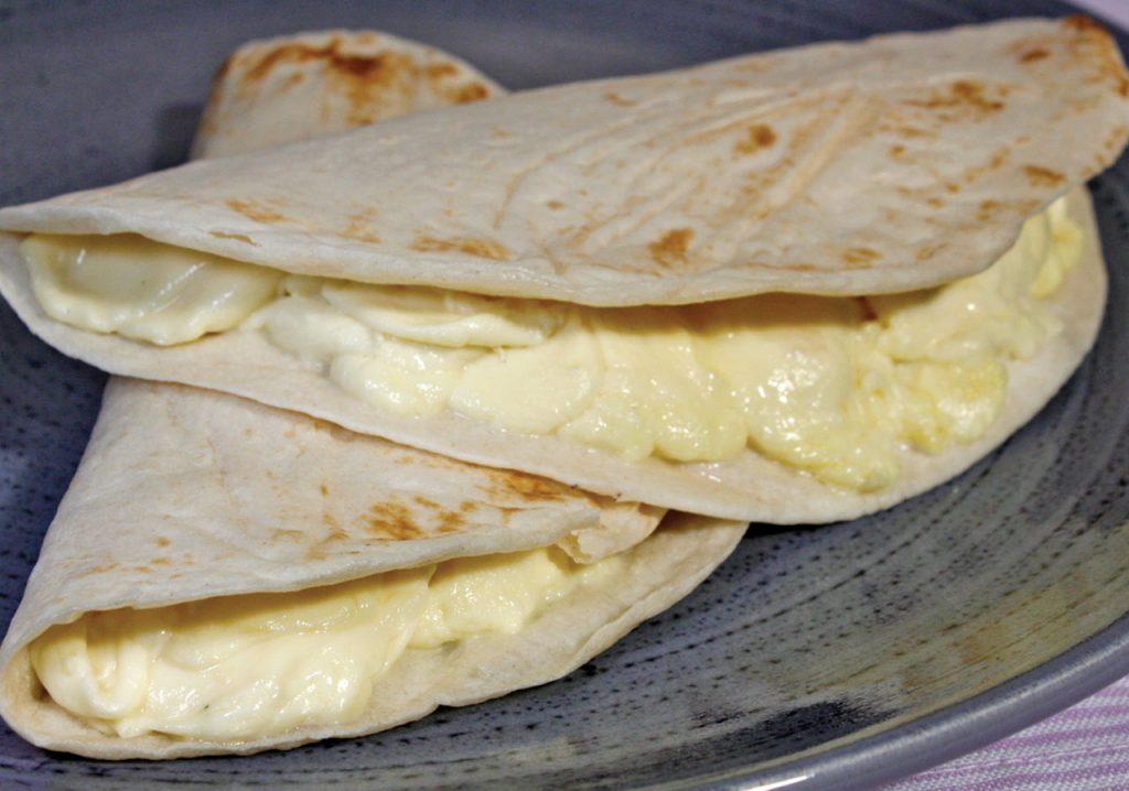 Quesadillas con tortilla de harina