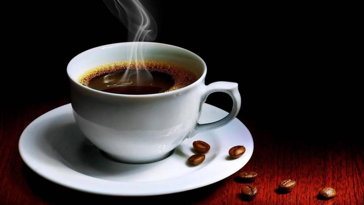 taza de café caliente